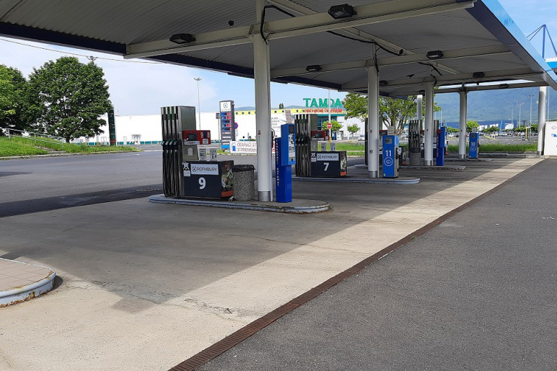 benzinka2